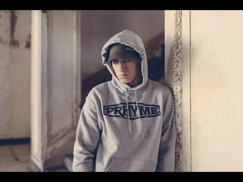Download Youtube: Eminem - Middle Finger [HD Music Video]