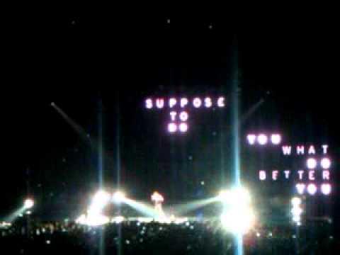 Drake HEADLINES live consert-Sweden