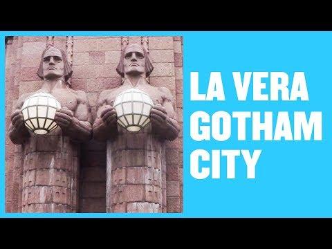 HELSINKI: La Vera GOTHAM CITY