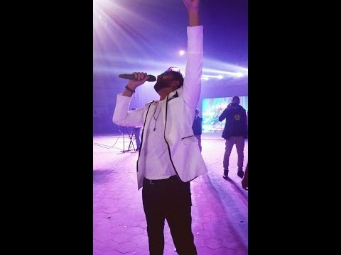 Rog-Falak Shabir concert Enterance