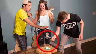 SMASHING FIANCE'S ENGAGEMENT RING PRANK