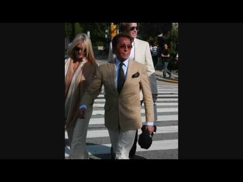 Garavani Valentino leaving Cecconi's Restaurant - 022209 - PapaBrazzi Report