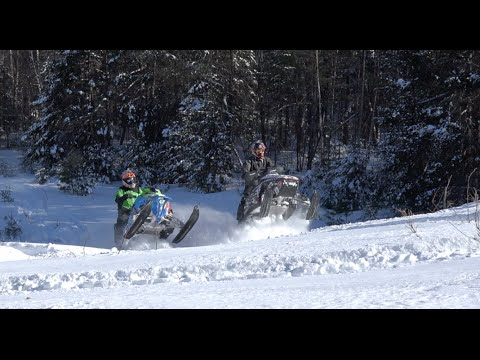 Polaris SKS 800 And REV 827 RKTek Dual Brappin!! Jaws Pipe And Cans!