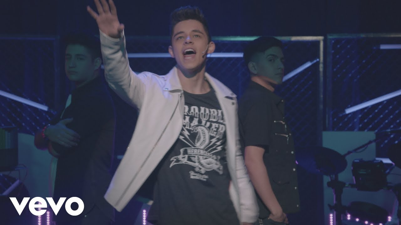 Download KALLY'S Mashup Cast, Alex Hoyer - Catch Me If You Can (Official Video) ft. Alex Hoyer