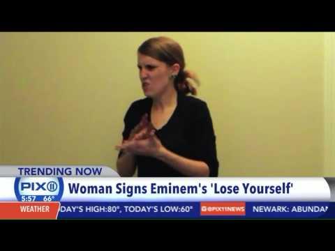 Girl 'Wins the Internet' With Sign Language Interpretation