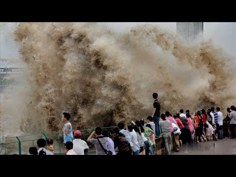 World's largest tidal bore in China's Qiantang River adds to Mid-Autumn festivity
