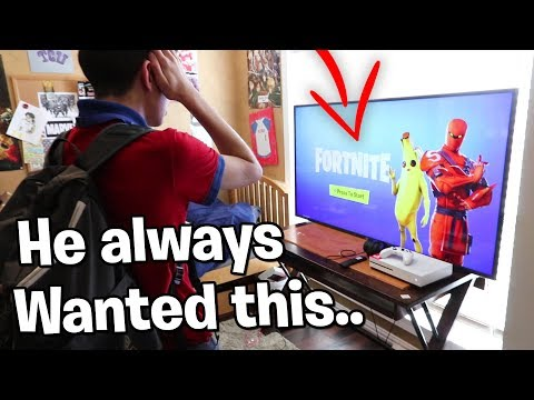 Surprising Little Brother W/ DREAM GAMING SETUP When He Gets Home From School..