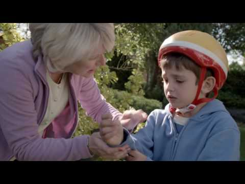 Topsy & Tim 208 - NEW BIKES | Topsy and Tim Full Episodes