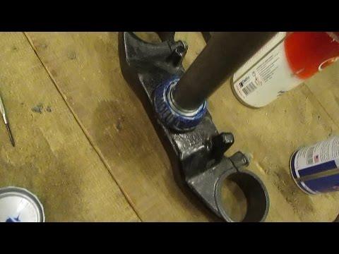 Замена подшипников рулевой колонки на мотоцикле