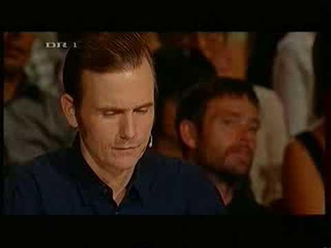 Thomas Pedersen / Den Syngende Bager - Halleluja (English Subtitles) - Talent 2008