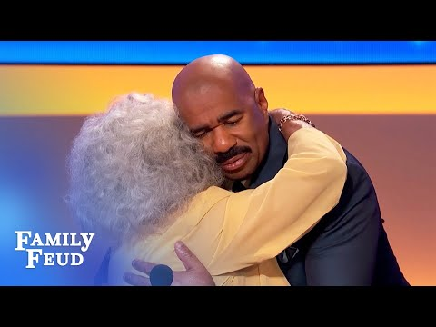 Steve Meets 95-year-old Contestant Evelyn! | Family Feud
