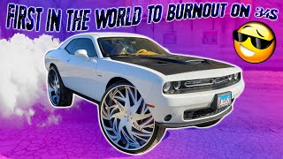 first-in-the-world-vehicle-to-burn-out-on-34-inch-rims-pro-charged-challenger