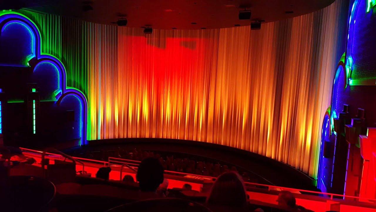 Star Wars Force Awakens curtain lightshow at Warren