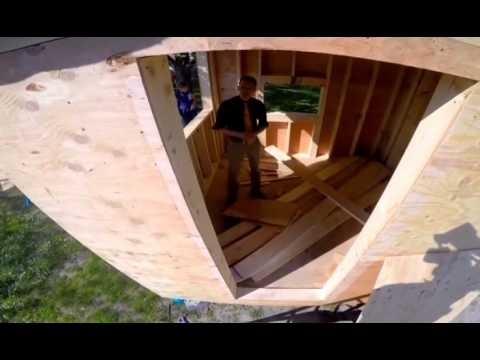 Students build tiny houses for homeless. Sawhorse Revolution