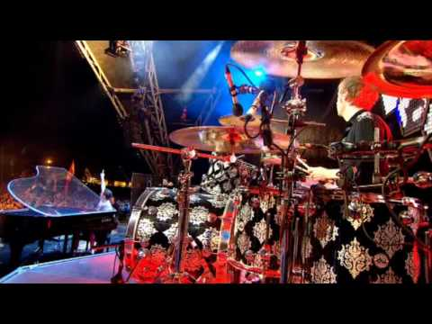 Muse - Nishe + United States of Eurasia live @ Glastonbury 2010