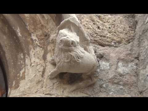 Haunted Templar Castle of Montfort-sur-Argens,  Walled in al