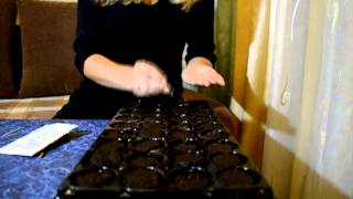 Руководство по использованию торфяных таблеток и кассет для рассады(Описание легкого способа выращивания рассады при помощи кассет (мини-теплицы) и торфяных таблеток., 2013-08-17T01:22:04.000Z)