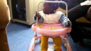 Download Video baby silvia MP3 3GP MP4