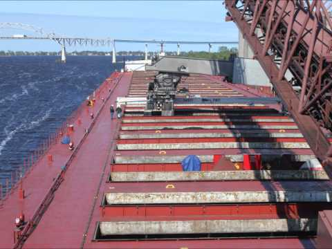 Paul R Tregurtha - Time Lapse Loading Coal in Superior - Great Lakes Freighter