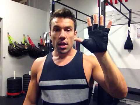 Picking The Right Training Gloves - Coach Rob - 3STRONG
