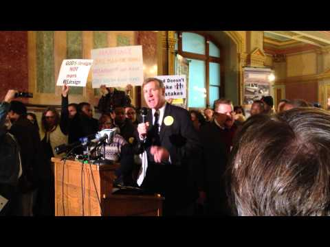 Eric Scheidler speaks at Marriage Rally at Illinois state capitol