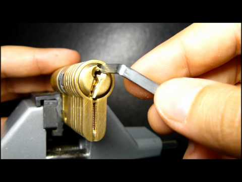 Lockpicking : security pin and false set