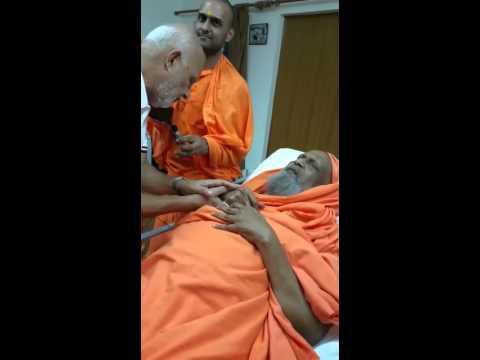 Pujya Swami Dayananda Saraswati ji - Shāntākāram ( See Desc)