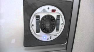 Les Numériques : Robot nettoyeur de vitres Ecovacs Winbot 930 en fonctionnement
