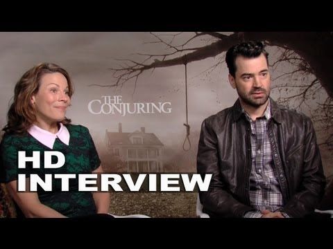 The Conjuring: Lili Taylor & Ron Livingston Official Interview