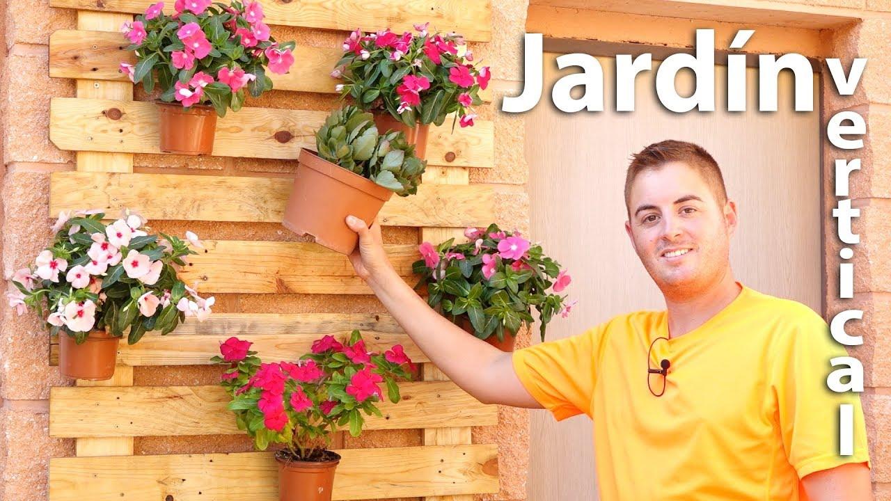 Jard n vertical con palets colgador de macetas casero - Macetas para jardin vertical ...
