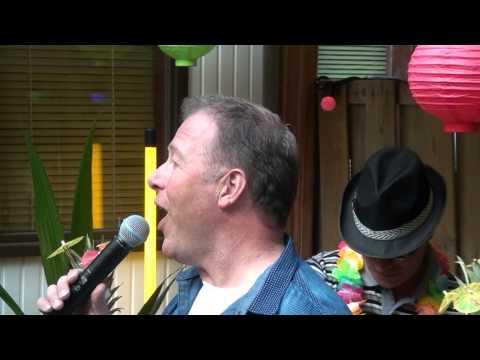 , Ons lid Rob Rietbroek, de zingende duivenmelker!