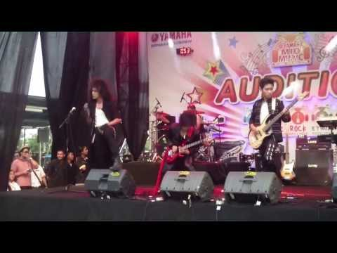 Dargombez Band - Audisi Yamaha MMF 2013 Mojokerto