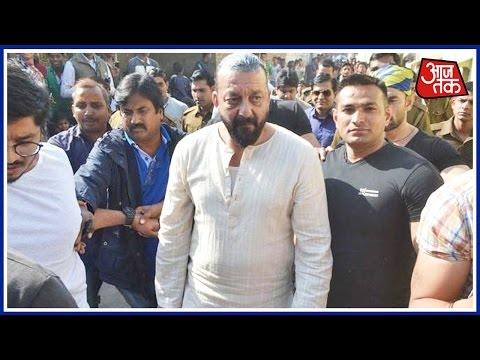 Sanjay Dutt's Bodyguards Beat Up Media On The Sets Of Bhoomi, FIR Registered