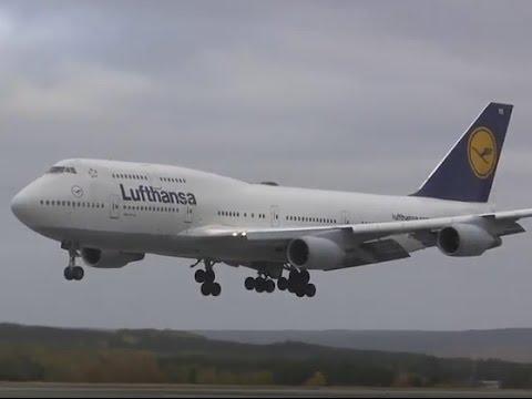 Lufthansa Boeing 747 - Emergency Landing