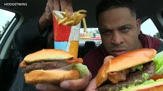 Eating Good Times Burgers & Frozen Custard In Denver @Hodgetwins