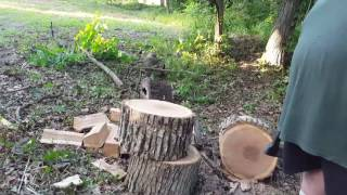 efficiently splitting wood fiskars x25