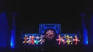 Лазерное шоу на площади Регистан в Самарканде в рамках первой туристической ярмарки СНГ