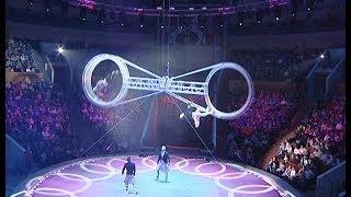 """Цирковое """"Шоу воды огня и света"""" в Челябинске"""
