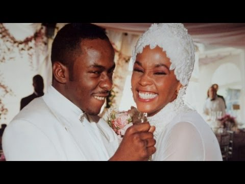 Bobby Brown I First Saw Whitney Houston Do S Before Our Wedding