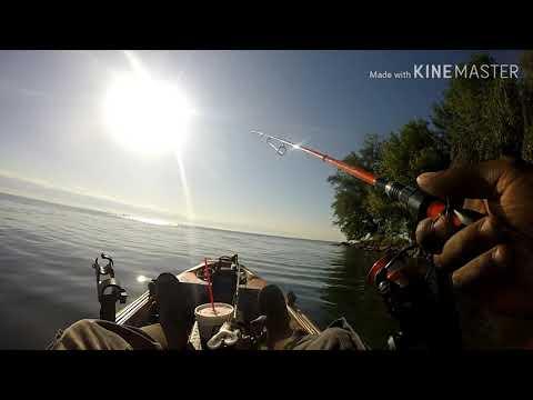 Lake Saint Clair Fall Bass Fishing 2019