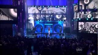 Maroon 5 feat. Gym Class Heroes - Moves Like Jagger / Stereo Hearts (American Music Awards 2011)