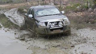 Nissan Navara & Pathfinder - Off-road & Water Mud
