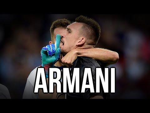 NUNCA CRITIQUES A FRANCO ARMANI...