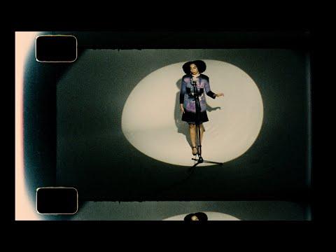 Celesteの最新MV「Little Runaway(Live Session)」公開! 彼女の伸びやかで優しい歌声に魅了される。