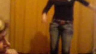 светка шалава с новокуйбышевска танцует в экстазе.wmv
