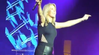 Ellie Goulding - Don't Panic (HD) @ Max-Schmeling-Halle Berlin 22.01.16