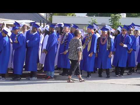 Cuộc sống ở Mỹ Cali: INDEPENDENCE HIGH SCHOOL - GRADUATION CLASS OF 2017