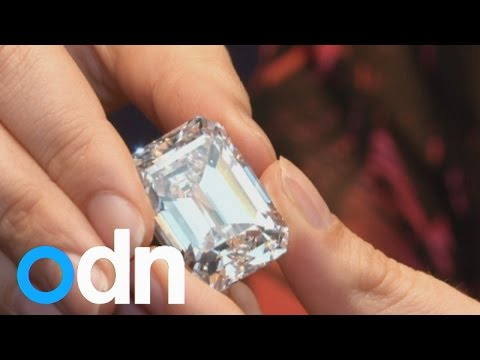 Largest Ever 'perfect' 100-carat Diamond Worth £16 Million Arrives In London