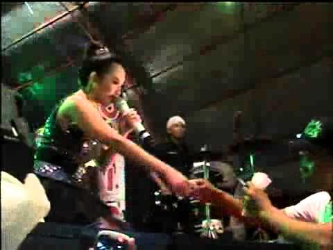 RENA KDI ~ HUJAN New MONICHA Live in Kabongan Lor 27 May 2014