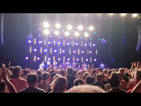 nile-rodgers-&-chic---live---thinking-of-you-&-my-feet-keep-dancing---tempodrom---berlin---16.08.18